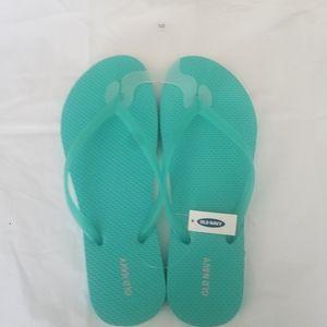 old navy's flip flop sandals